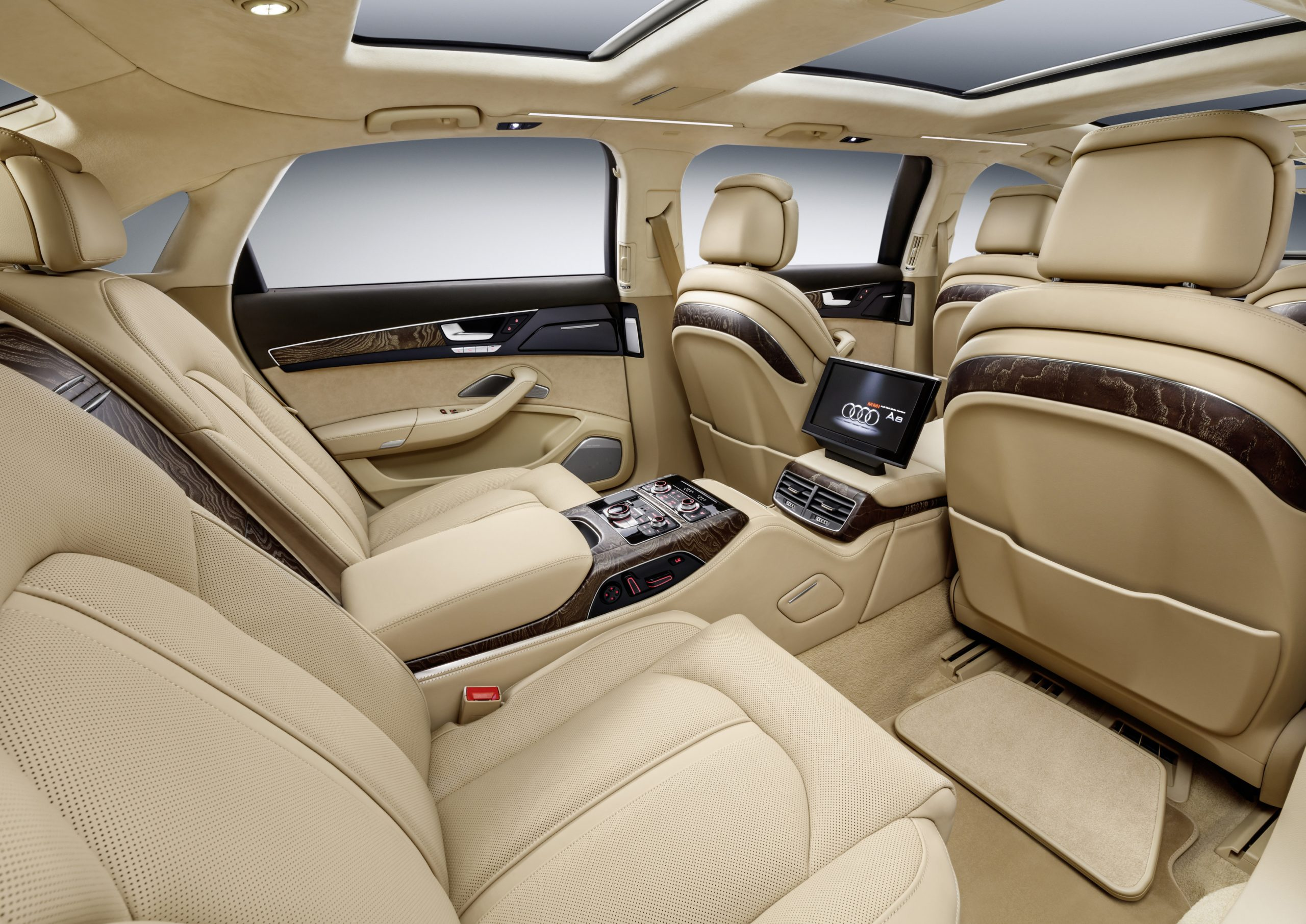 Audi A8 L Extended interior