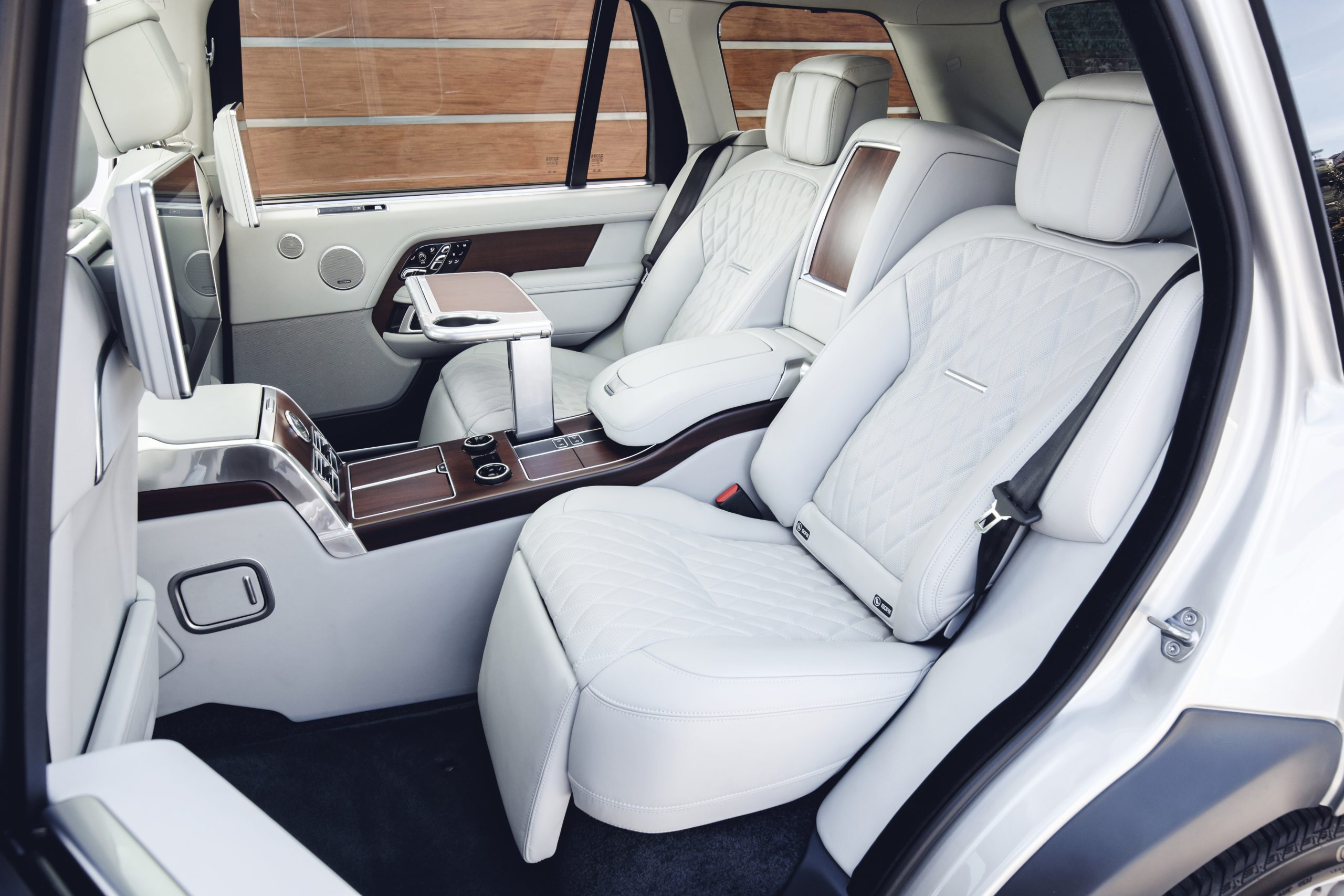 Land Rover Range Rover SVAutobiography interior