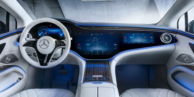 INterior of the Mercedes EQS - Hyperscreen